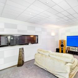 Úprava akustiky poslechové místnosti