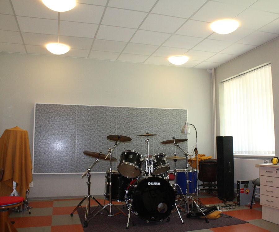 Zatlumení učebny bicích nástrojů
